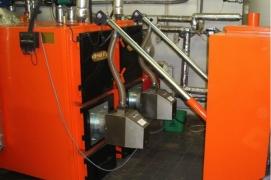 Sumontuoti 2 granulių degikliai X.150 (150 kW) katiluose HROMETS
